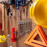 Охрана труда при работе с инструментом и приспособлениями